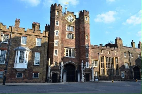 St james's palace. - Picture of Laurence Summers Tour Guide ...