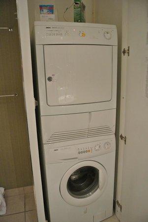 Washer Dryer In Bathroom 1 Bedroom
