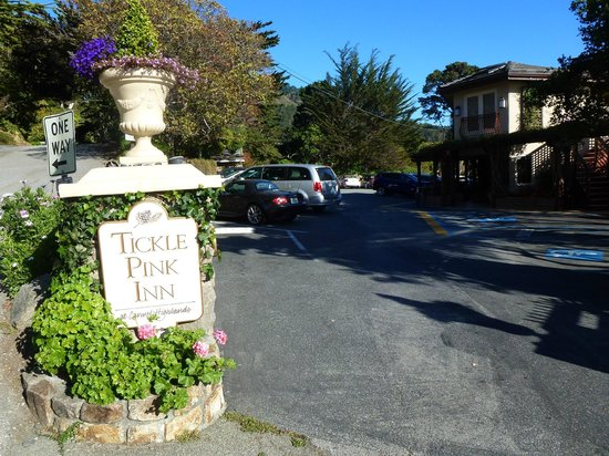 Tickle Pink Inn Rates
