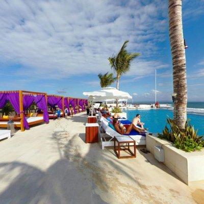 Vue Beach Club at Lv8 Resort Hotel Canggu Bali - Picture ...