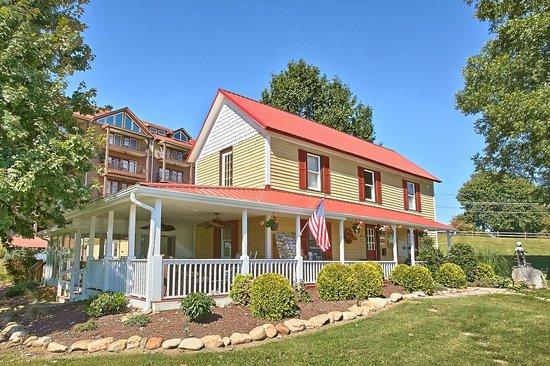 Appleview River Resort UPDATED 2017 Prices Amp Condominium Reviews Sevierville TN TripAdvisor