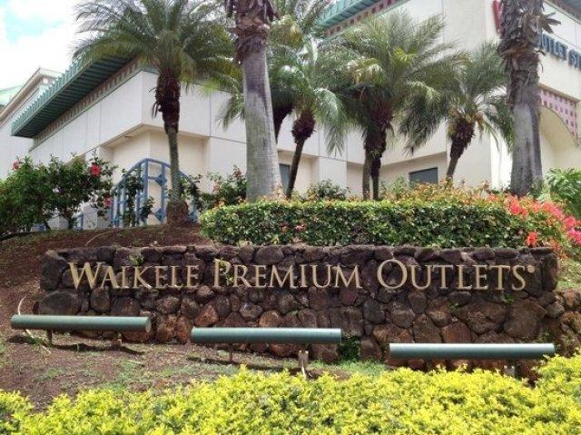 Sydney Fashion Hunter - Shopping In Waikiki - Waikele Premium Outlets