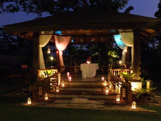 Back Yard Romantic Dinner Candles