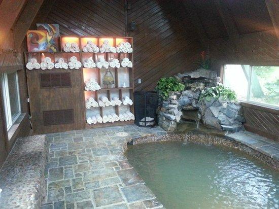 Twin Peaks Lodge Amp Hot Springs 131 158 UPDATED
