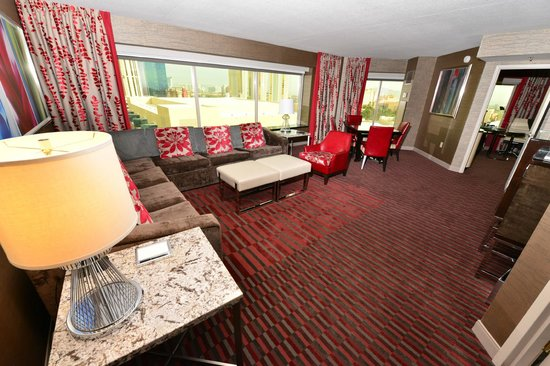 Mgm Grand Hotel 2 Bedroom Suite 5 Over The Top Vegas