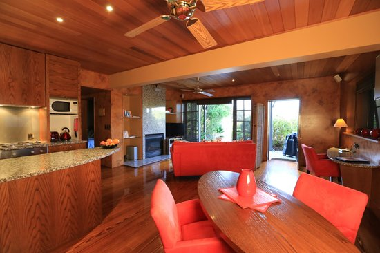 Mangrove Suite Ious Living Area