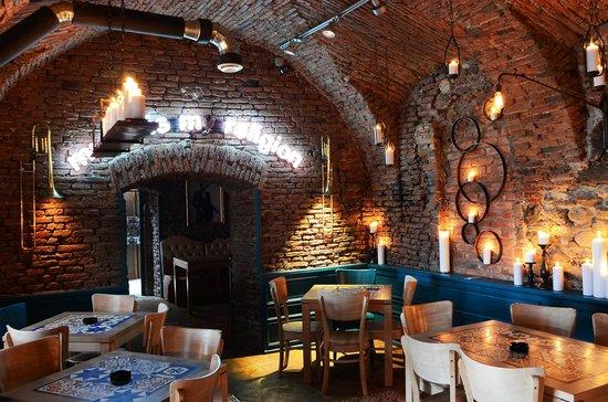 Family Restaurants Near Tower Bridge