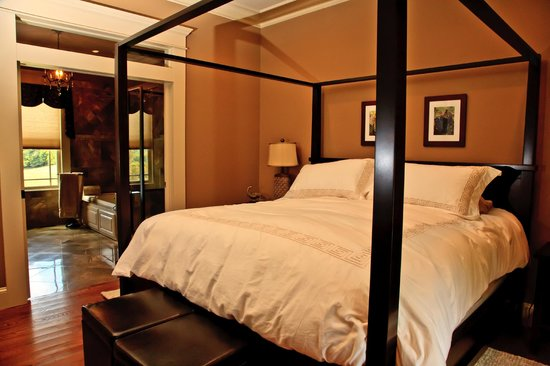 Mt Vale Vineyards Guest House And Cottage Luxurious Bedroom Ensuite