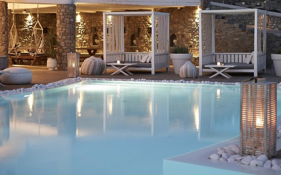 Day Beds to relax around the pool (104067593)