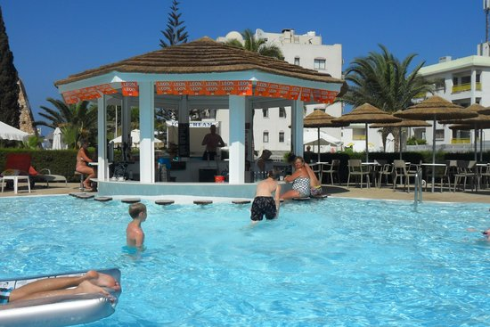 The Beautiful New Pool Bar Picture Of Sandra Hotel