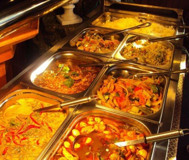 Narm Thong Thai Buffet Every Thursday Night