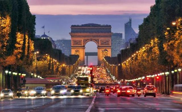 Hasil gambar untuk Champs-Elysees