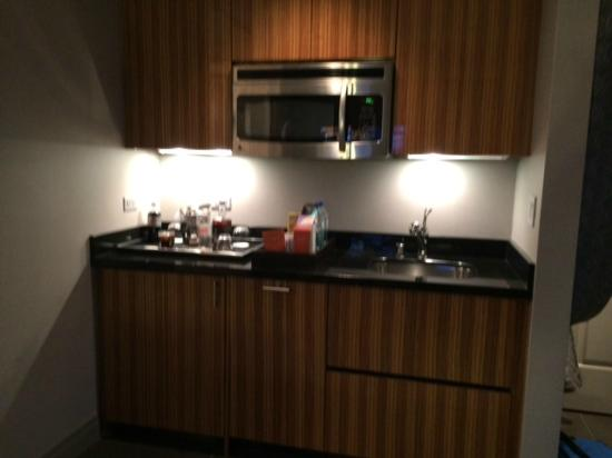 kitchenette terrace one bedroom - picture of the cosmopolitan of