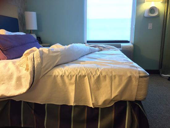 Home2 Suites By Hilton Philadelphia Convention Center Pa Sheet Does Not Cover The