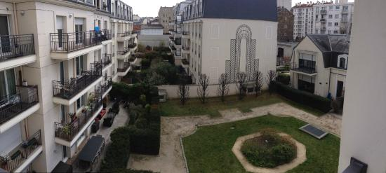 Vista sul cortile interno   Picture of Adagio Access Paris Porte de     Adagio Access Paris Porte de Charenton  Vista sul cortile interno