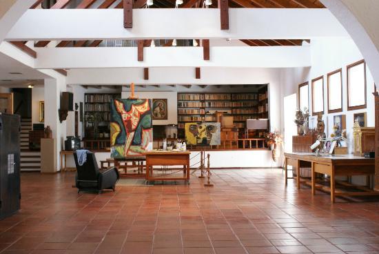 Résultats de recherche d'images pour «guayasamin museum»