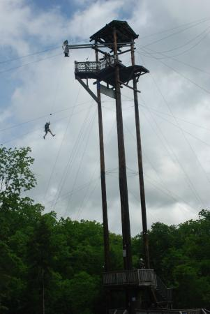 Free Falling Off The 100 Ft Tower At End Of Blue Streak