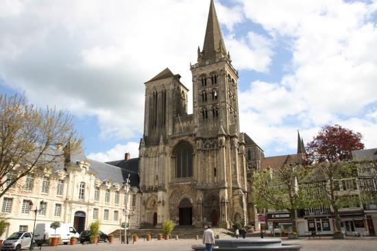 Cathedrale Saint-Pierre de Lisieux - Tripadvisor