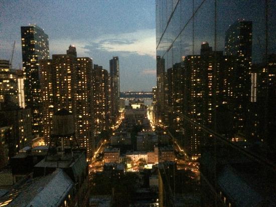 vue chambre skyview de nuit picture