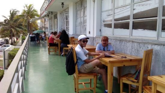 terraza del Paladar Café fortuna Joe en La Habana