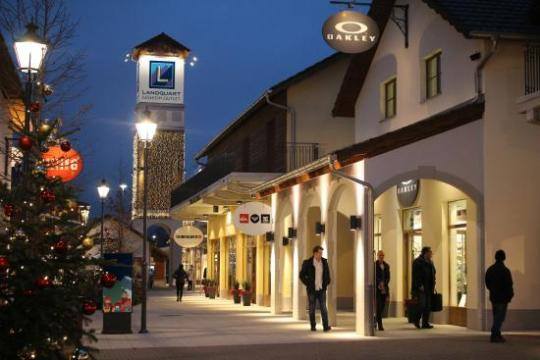 Very nice Mall Outlet centre   Landquart Fashion Outlet  Landquart     Landquart Fashion Outlet