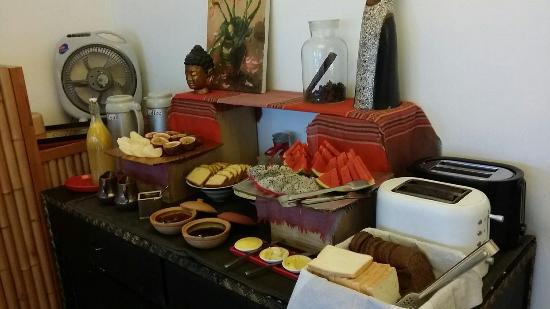 maison d orient petit dej buffet