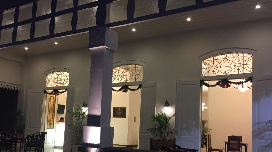 Friendly Receptionist Dutch Colonial Hotel In Malang Alimar