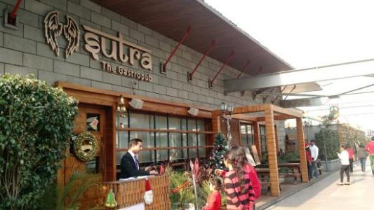 IMG_20151224_142453374_TOP_large.jpg - Picture of Sutra Gastropub, Gurugram  (Gurgaon) - Tripadvisor
