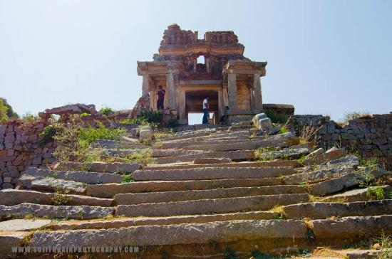Anantapur Photos   Featured Images of Anantapur  Anantapur District     Anantapur  India  Ruins of the fort