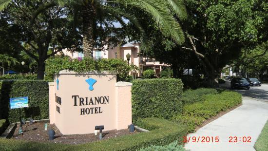 Trianon Old Naples