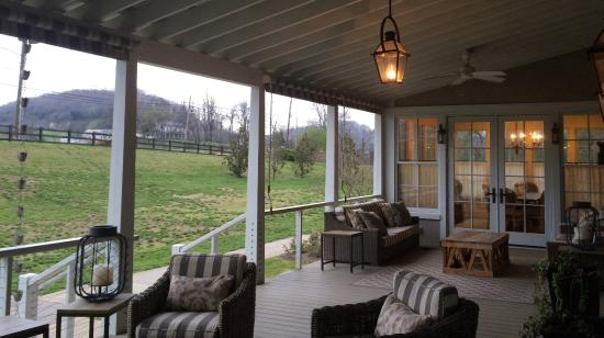 Back Porch Nashville Tn