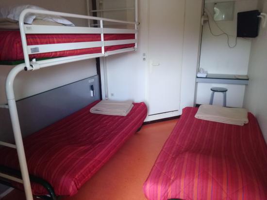 premiere classe henin beaumont noyelles godault chambre triple 2 petits lits avec 1