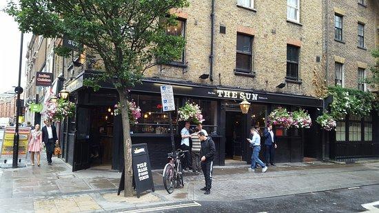 Family Restaurants Near Drury Lane