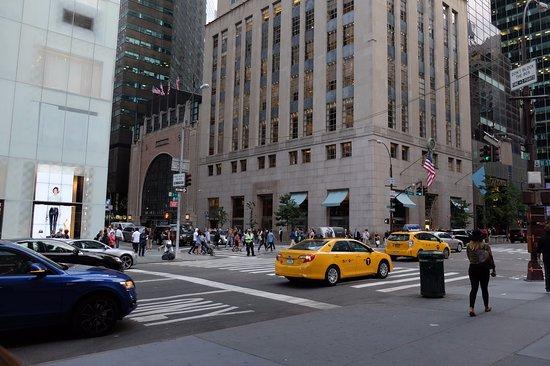 The 10 Closest Hotels To Tiffany Co New York City Tripadvisor