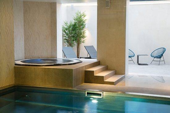 Les Meilleurs Hotels Avec Suites Et Bains A Remous A Amboise En 2021 Avec Les Prix Tripadvisor