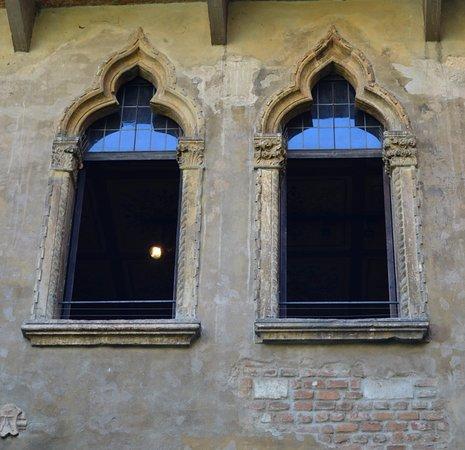 Ventanas En La Casa De Julieta Foto Casa Di Giulietta Verona Tripadvisor