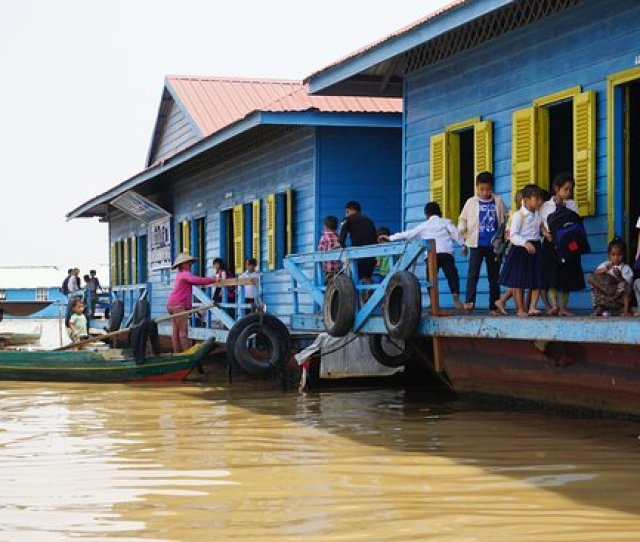 Tonle Sap Cruise Village School