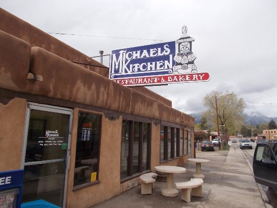 Michaels Kitchen Cafe Bakery Taos Fit King