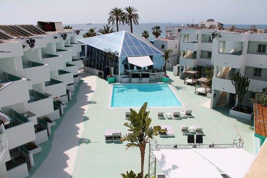 Apartamentos Bora Playa D En Bossa Spanien Hotel