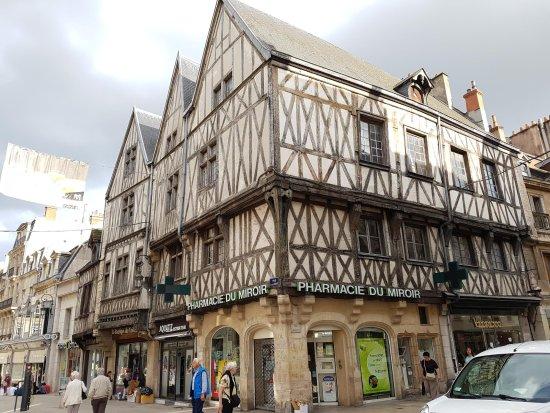 Rue Des Forges Bild Von Rue Des Forges Dijon Tripadvisor