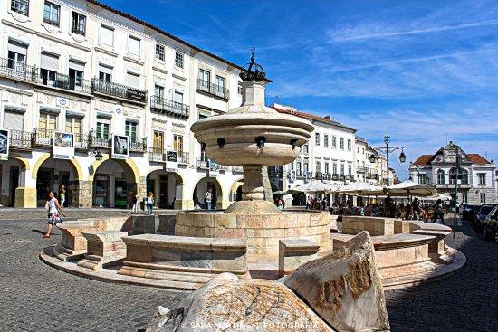 plaza mayor de Evora - Opiniones de viajeros sobre Praça do ...