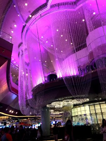 The Cosmopolitan Of Las Vegas Autograph Collection Chandelier Bar At