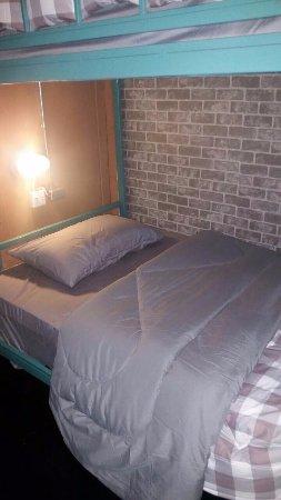 Sleep Ping Bed River Bar
