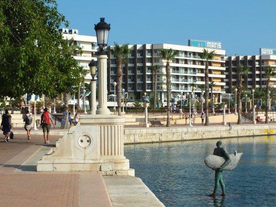 Plaza Puerta del Mar: fotografía de Plaza Puerta del Mar, Alicante ...