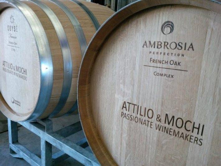 Attilio & Mochi - Passionate Winemakers (Casablanca) - ATUALIZADO ...