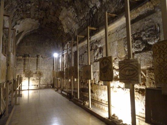 Jordan Archaeological Museum In Jabal Al Luweibdeh Jordan Sygic