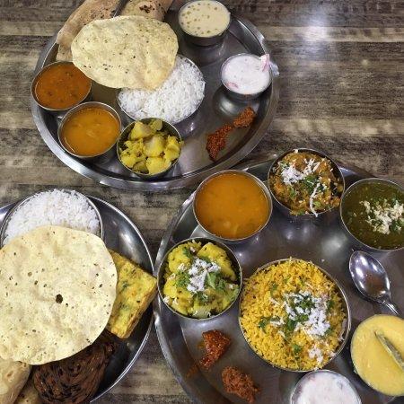 excellent marathi food review of mi