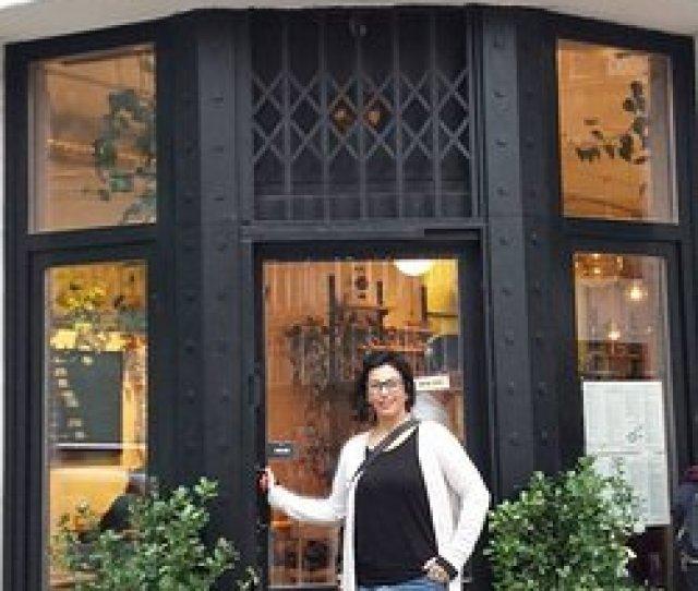 Mary Carry Transfer Mary Likes Dobrumba Restaurant In Budapest