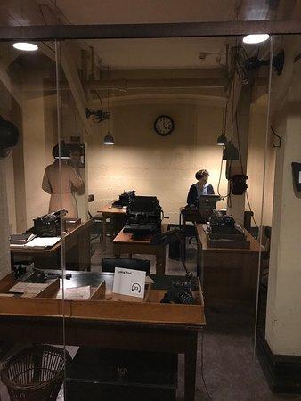 Unique Churchill Cabinet War Rooms