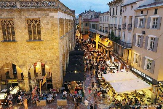 Place de la loge, Perpignan - Picture of Campanile Perpignan ...